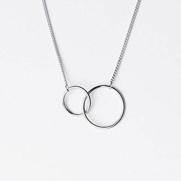 Intertwined Circles Necklace -Make the difference with Galatea Effect accesories
