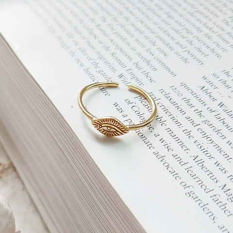 Minimalist Eye Ring -Make the difference with Galatea Effect accesories