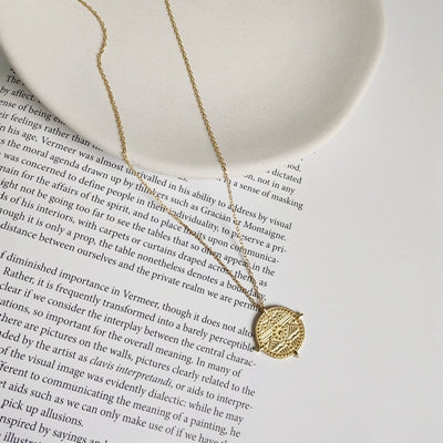 Golden Constellation Necklace -Make the difference with Galatea Effect accesories