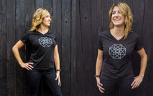 Xena Star | V-Neck Shirt