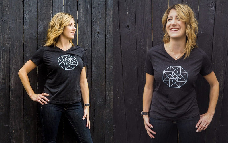 Xena Star Logo | V-Neck Shirt | Workwear for Women