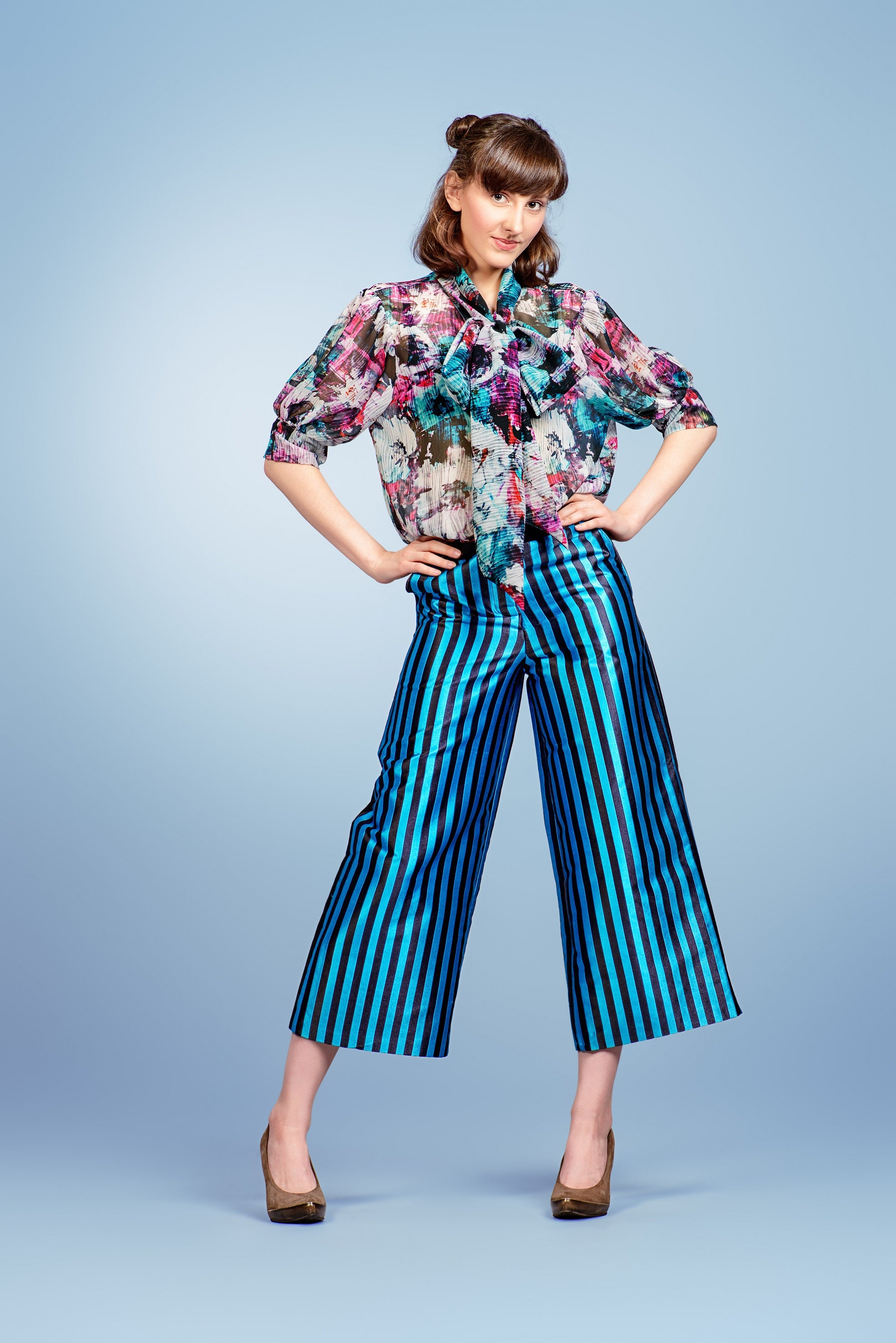 Floral top and stripe bottom pattern mix