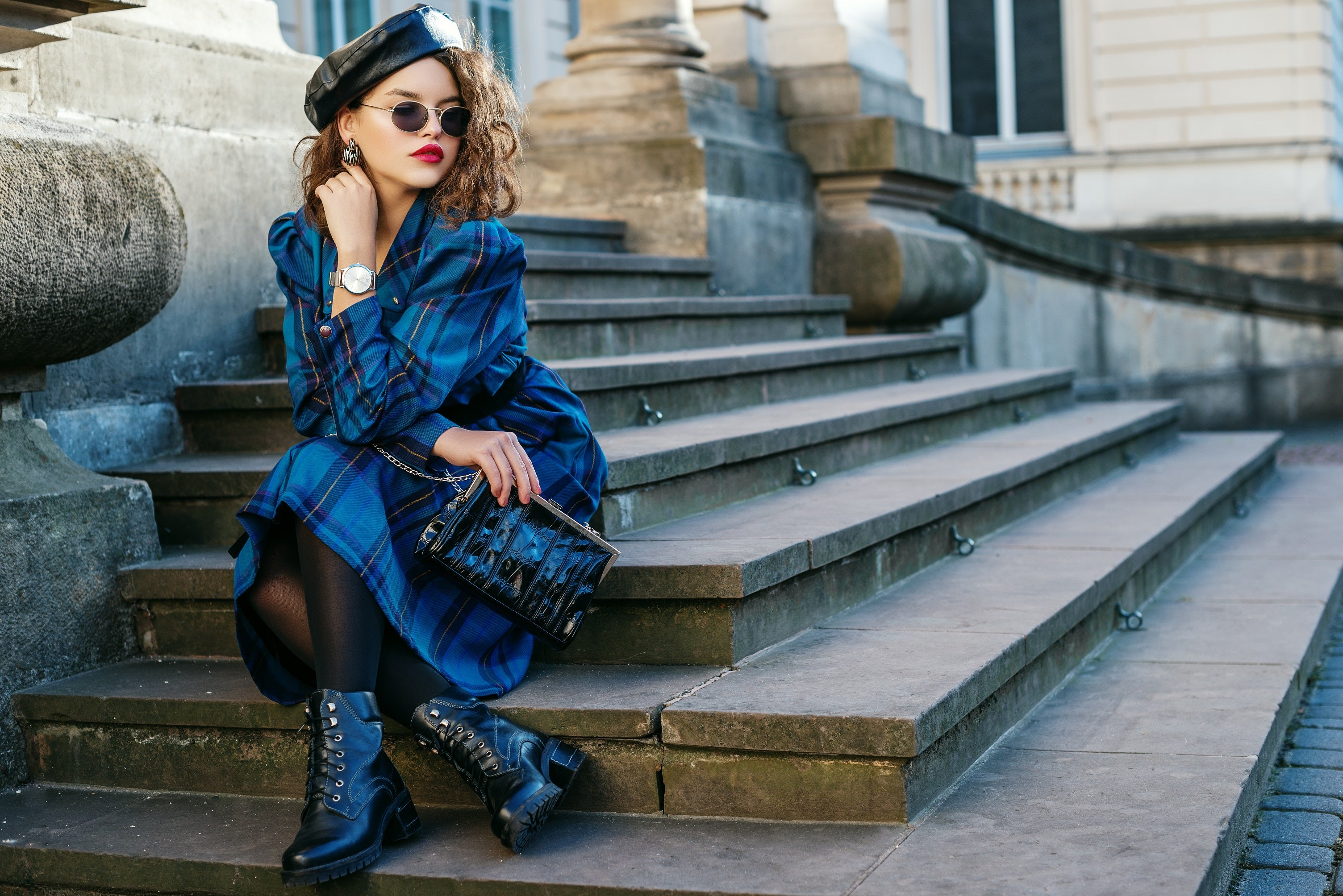 MONOCHROMATIC LOOK with plaids