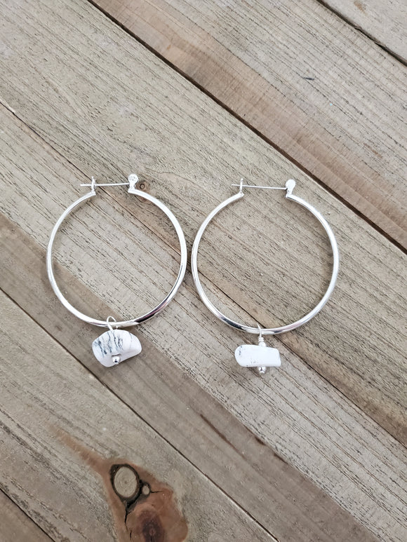Foxy Hoop earrings (white buffalo)