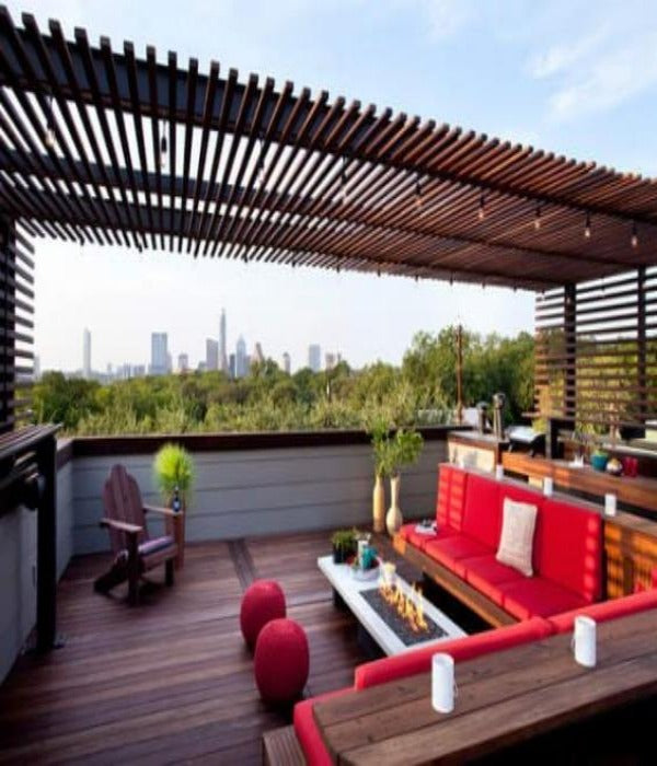 Contemporary Modern Pergola With thin Louvers