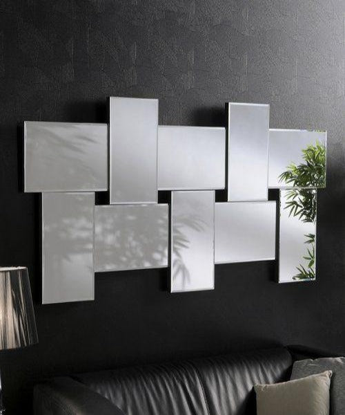 Minimalist Decor Rectangular Mirror for Simple Outdoor Walls