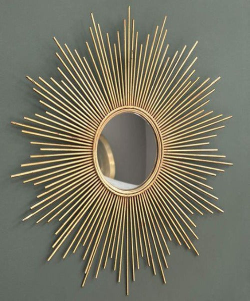 Modern Theme Decorative Sun Metallic Wall Mirror for Entrances/Lawn Feature Walls