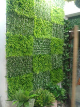 Load image into Gallery viewer, Artificial Vertical Garden With Mix Green Panels