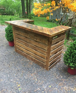 Beautiful Pallet Bar made from Recycled Pallets, which can be stained in any colour