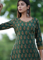Load image into Gallery viewer, Green kurti and pant with prints and hand work