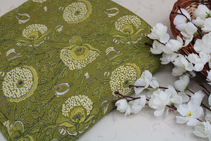 Cotton-fabric-floral-Pastel dusty green floral