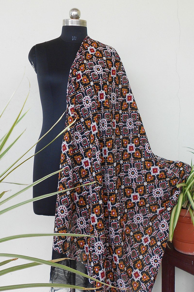 Beautiful akjrak printed dyed dupatta black - STUDIO PEHEL