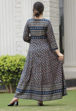 Load image into Gallery viewer, Blue printed long kurti
