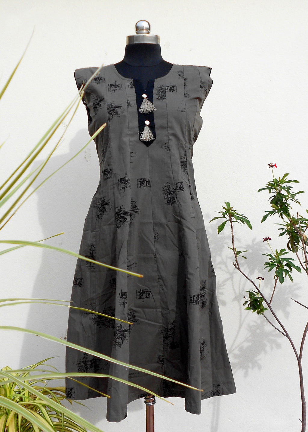 Aastha dark grey panelled kurti - STUDIO PEHEL