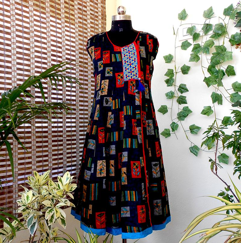 Aastha black & blue pannelled cotton kurti - STUDIO PEHEL