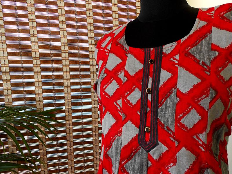 Aastha red grey pannelled cotton kurti