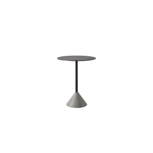 Ding Table/ Concrete