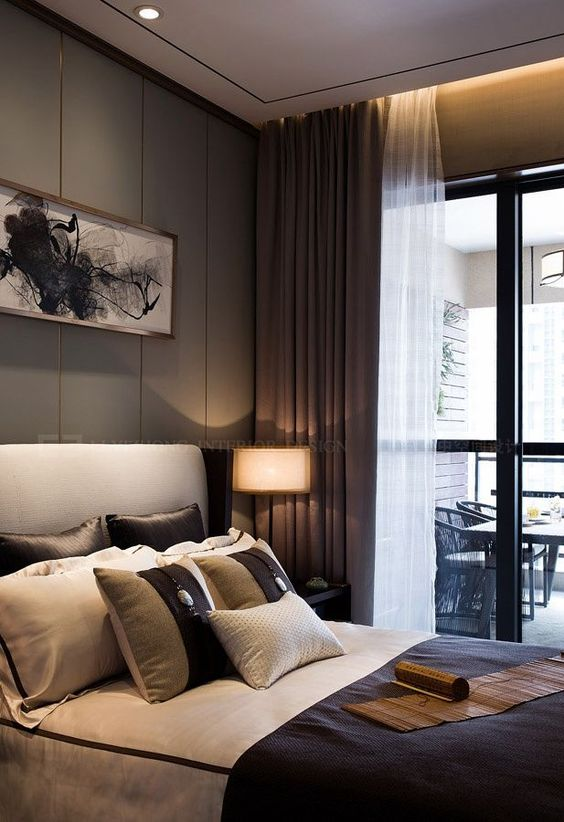Hotel Bedroom Tips for A Luxurious Sleep