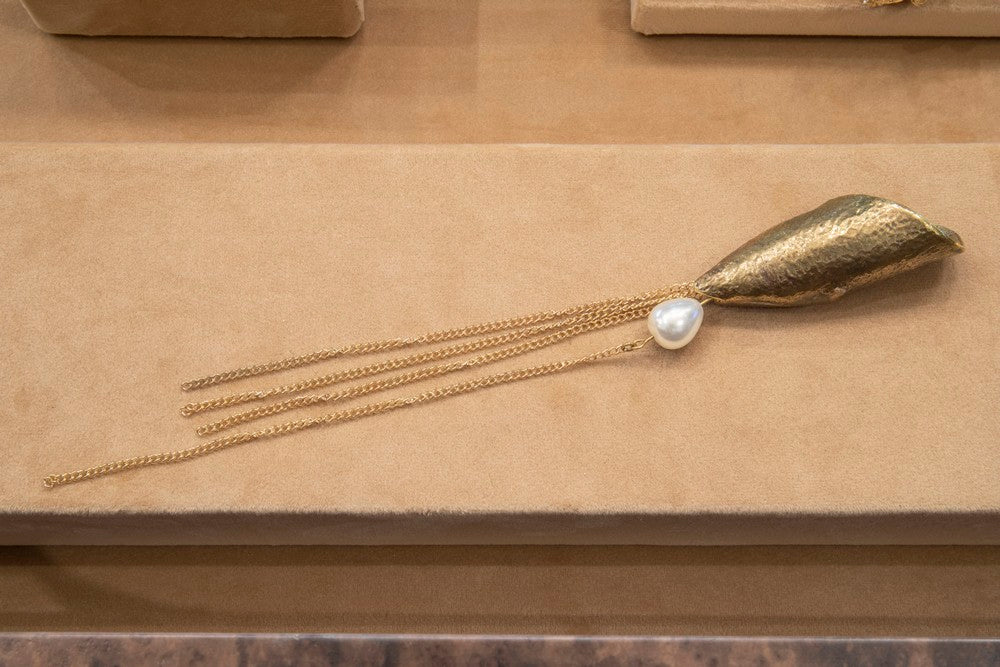 DESIGN RARITY IN THE FORM OF JEWELRY HARDWARE