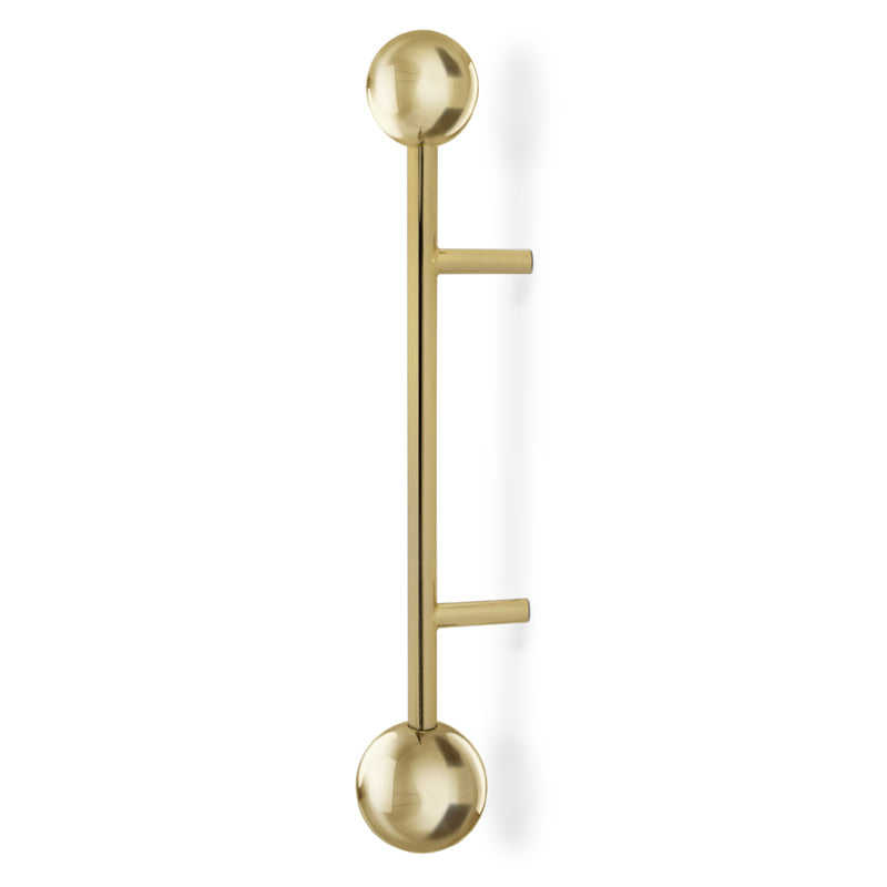 Quantum is inspired in the atomic age design, a polished brass series of door pulls, small and mid-size, are the perfect finishing touch for your door designs.