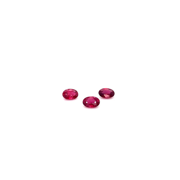 Ruby 0.52-0.61ct Oval Cuts