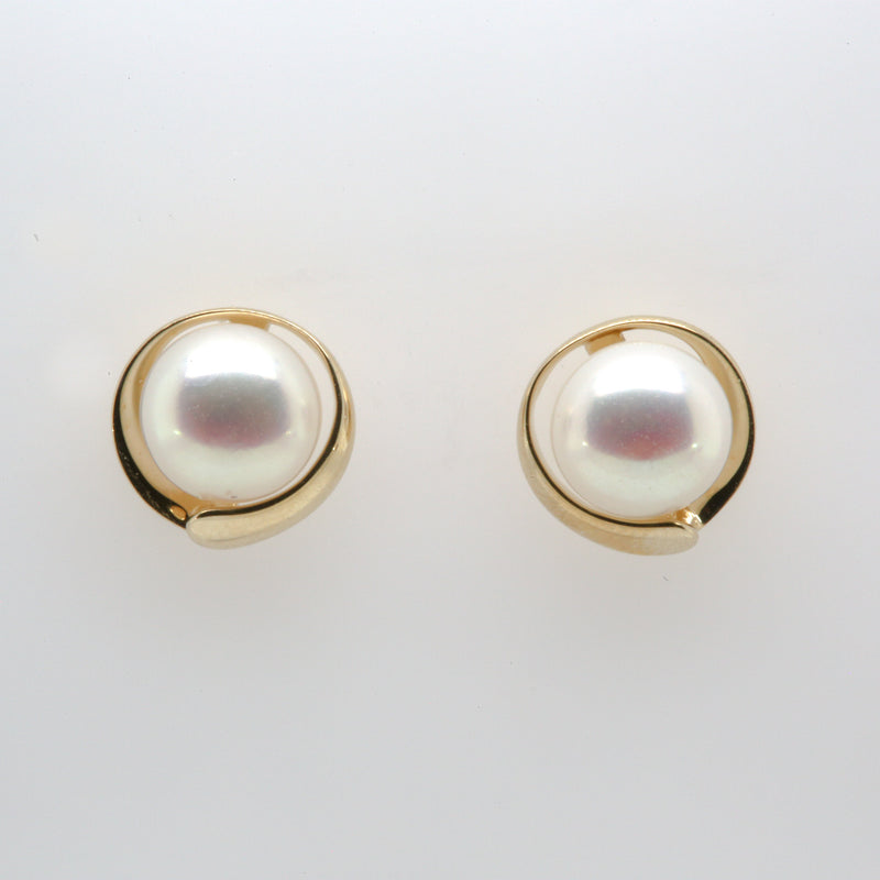14KY Pearl Stud Earrings