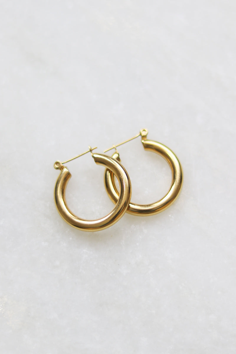 Ava 18K Gold Hoop Earrings