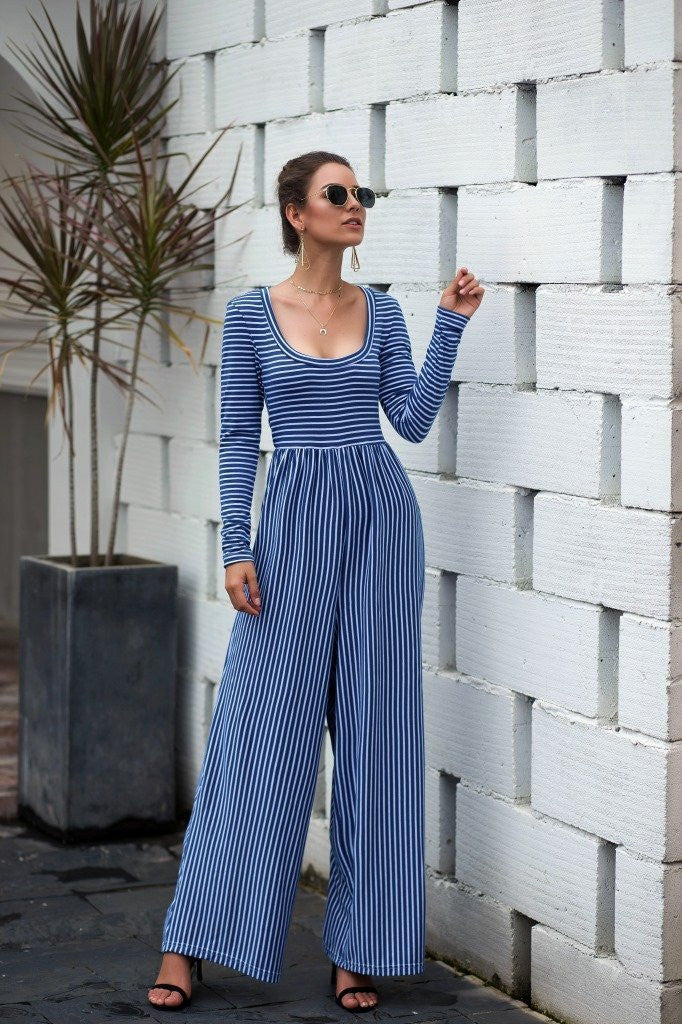 Explosive Models U-neck Sexy Wide-Leg Striped Jumpsuit - Blue - bohosecret