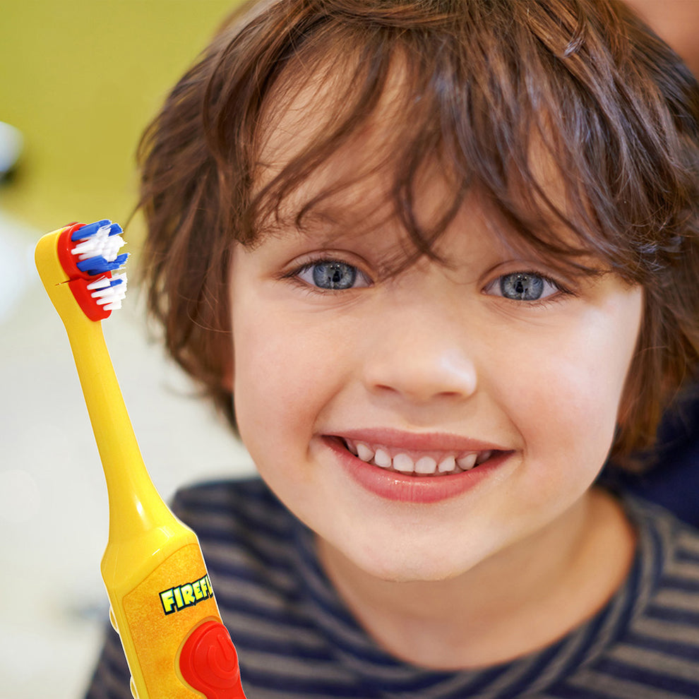 Firefly Clean N' Protect™ The Lion King Power Toothbrush With Antibacterial Cover
