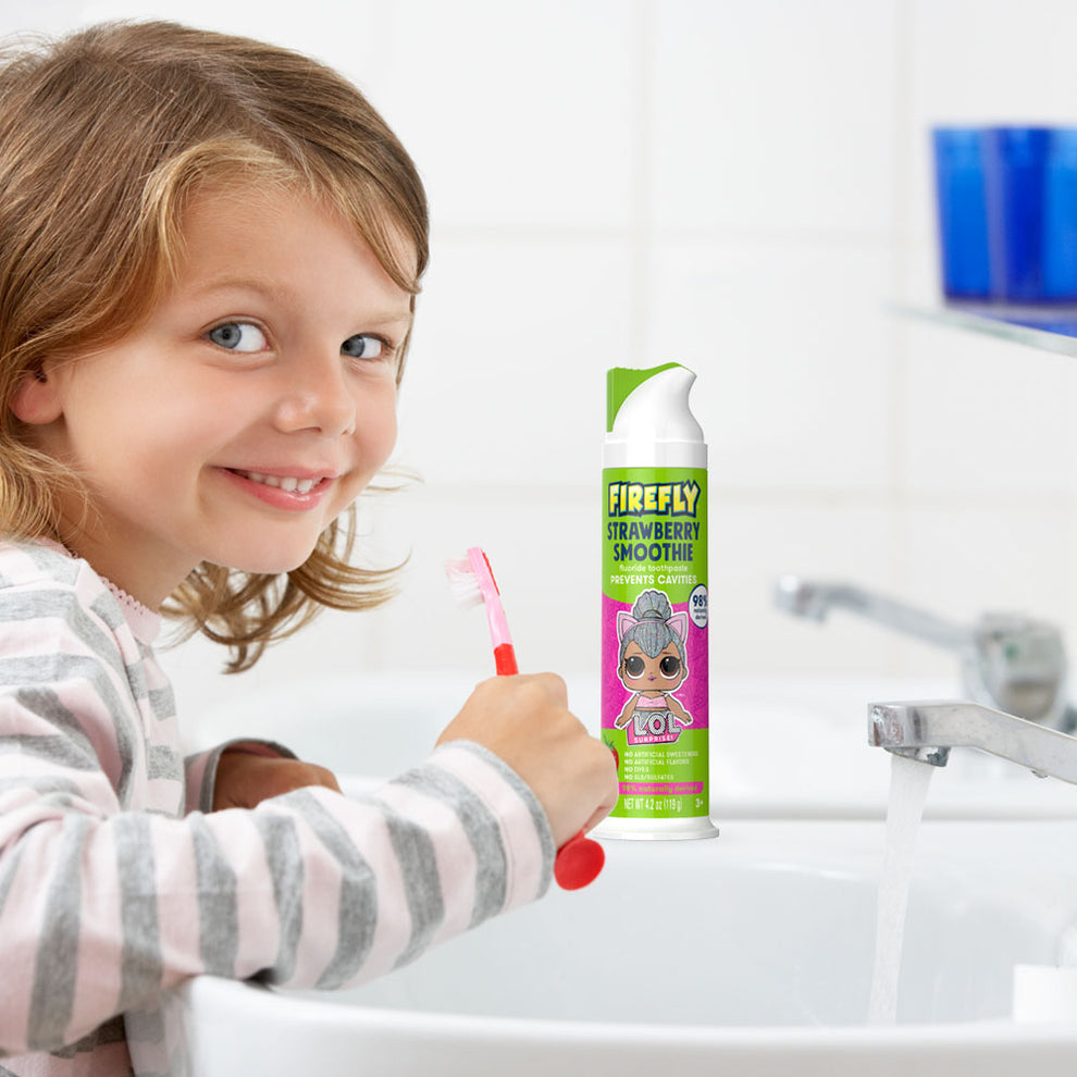 Firefly Natural Anticavity Fluoride Toothpaste - L.O.L. SURPRISE!