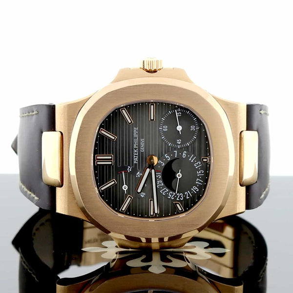 Patek Philippe Nautilus 18K Rose Gold 40MM Automatic Mens Watch 5712R-001