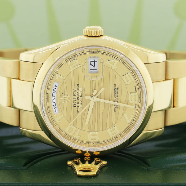 Rolex President Day-Date 18K Yellow Gold Original Champagne Wave Dial 36MM Automatic Mens Oyster Watch 118238