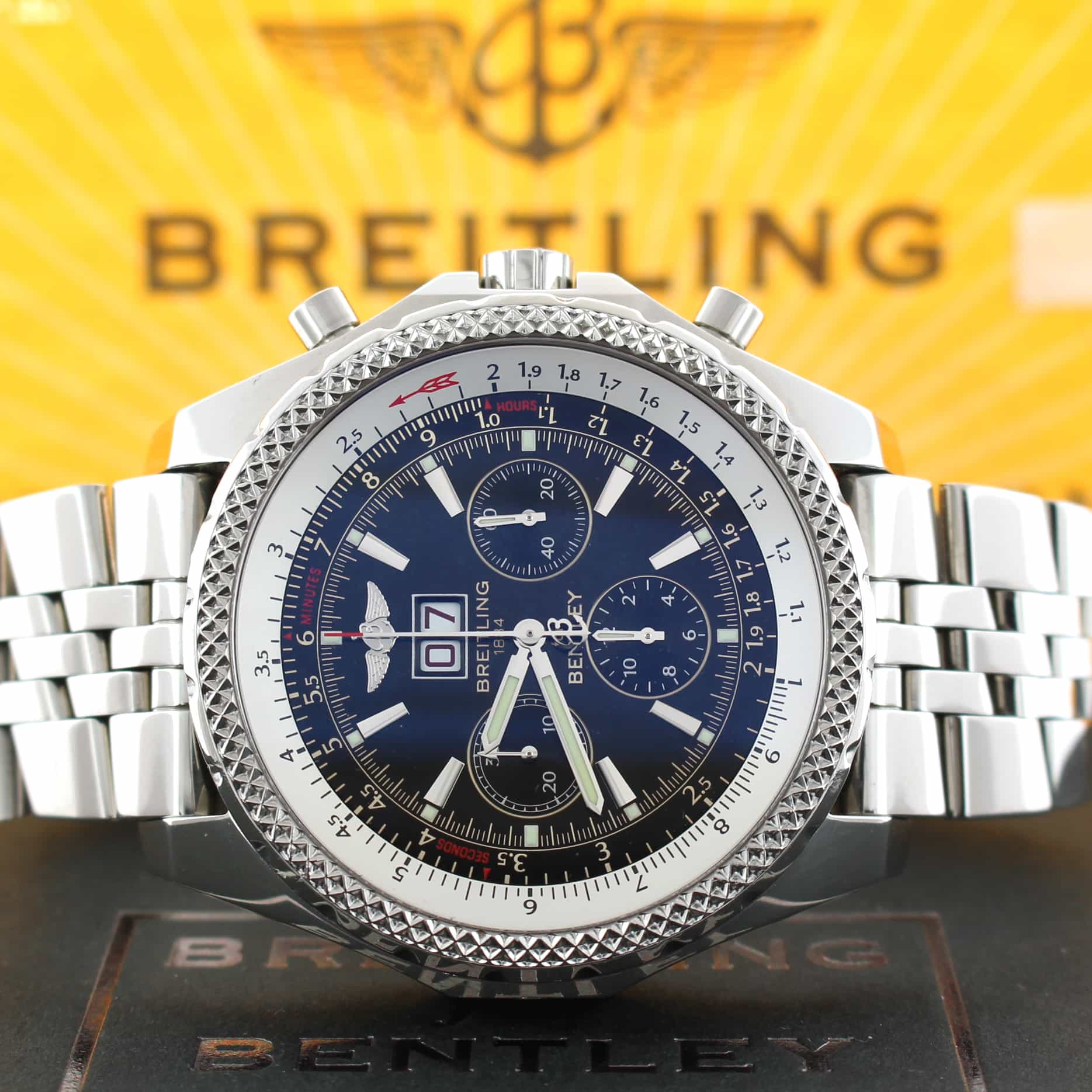 Breitling Bentley 6 75 Chronograph Black Dial Big Date Automatic Mens Elegant Swiss