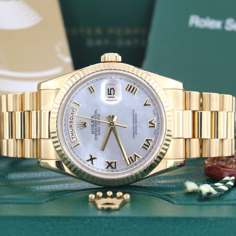 Rolex President Day-Date 18K Yellow Gold MOP Roman Dial 36mm Automatic Mens Watch 118238