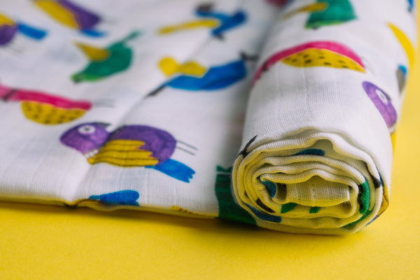 Birds Muslin Cotton Swaddles for Baby wrap and Toddlers. Versatile blankets that can be used as breasteeding covers, stroller covers, towels and changing mat.