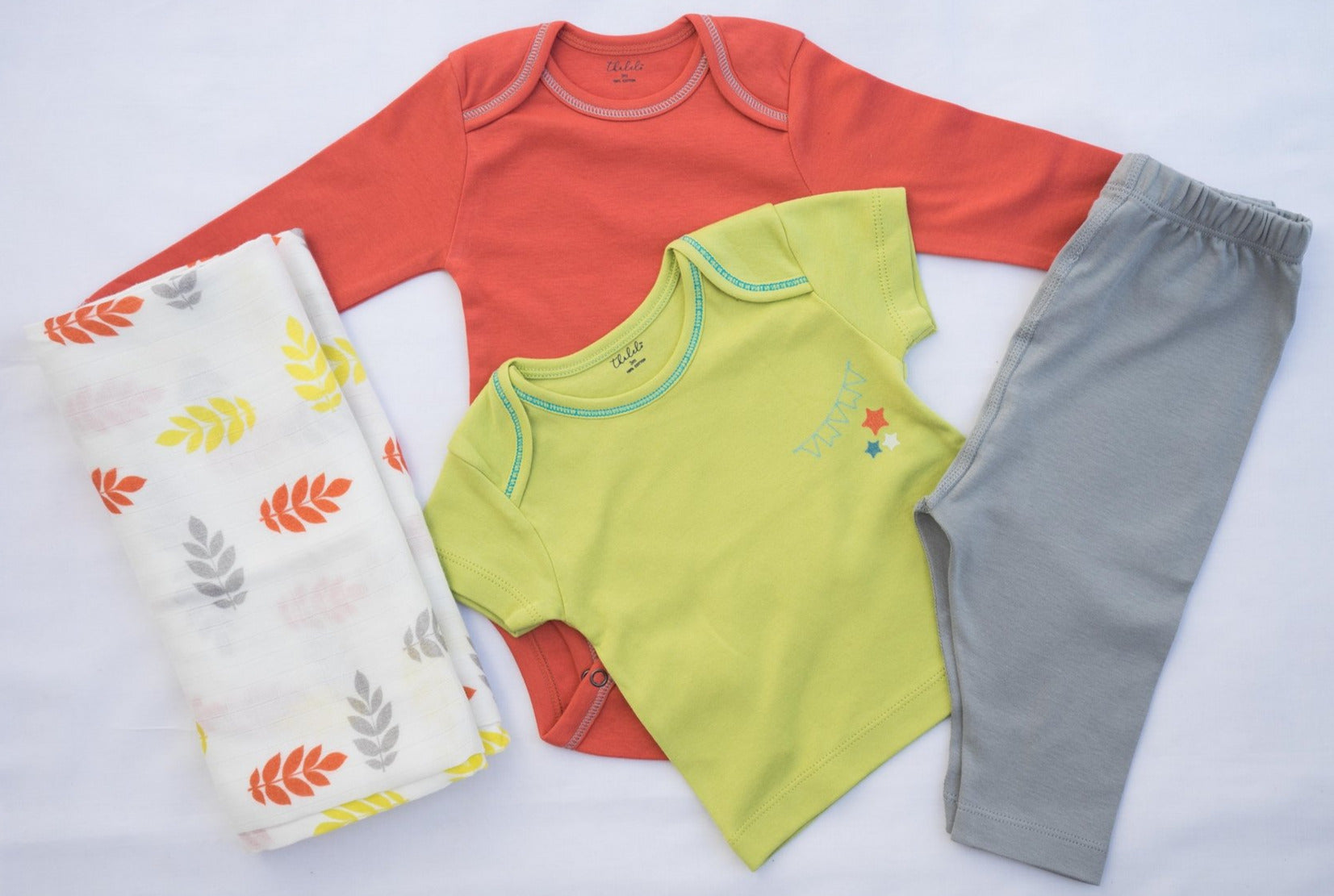 Thālelo Baby Essentials Set with Medium Leaves Swaddle