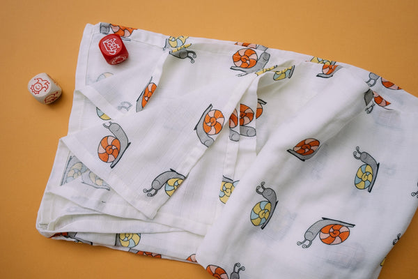 Thālelo Leaves and Snails, Set of 2 Muslin Swaddles