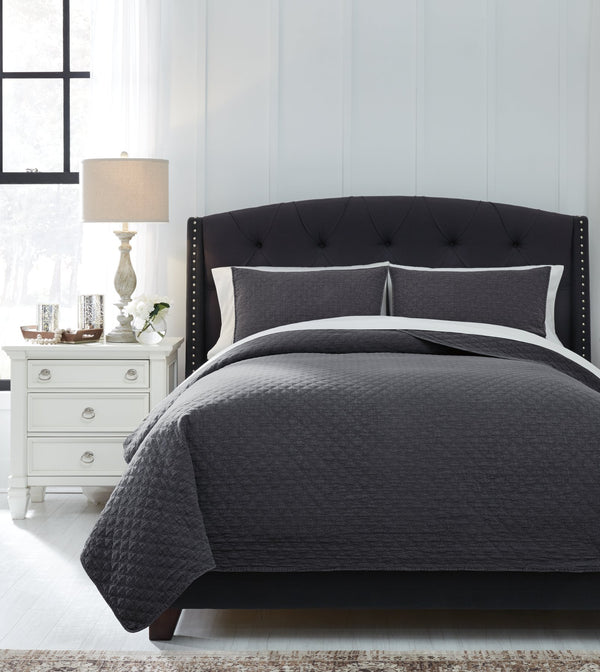 Ryter Signature Design by Ashley Coverlet Set Queen