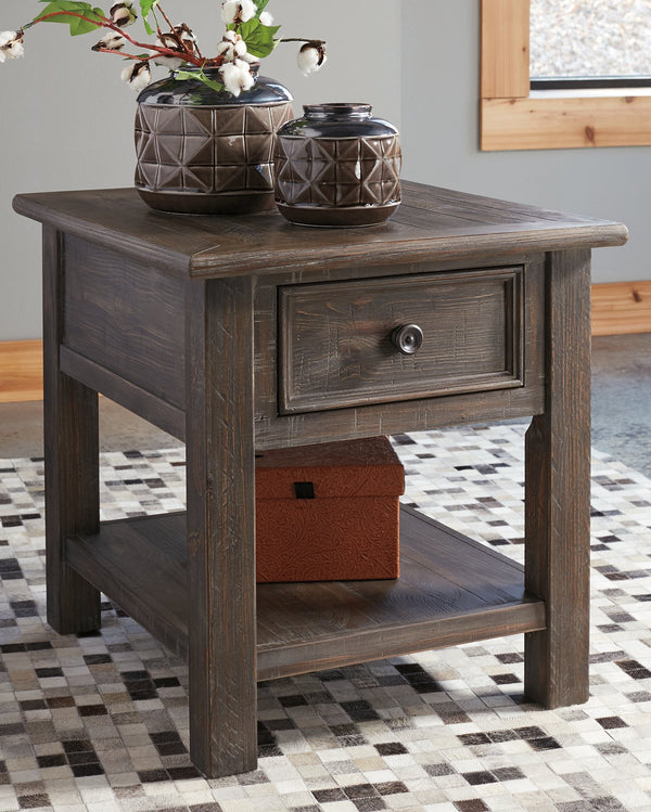 Wyndahl Signature Design by Ashley End Table image