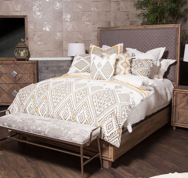 AICO Hudson Ferry Eastern King Diamond-Quilted Panel Bed in Driftwood (Gray Fabric) KI-HUDF014EKG-216
