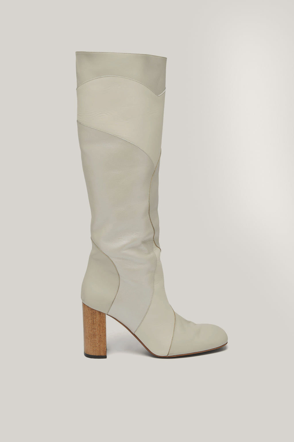 Tina Boot White