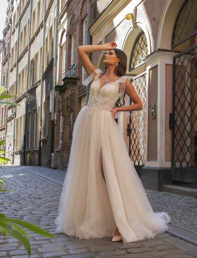 Coralie - Feminine A-Line Wedding Dress with Tulle Skirt - Maxima Bridal