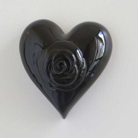 Black gloss ceramic heart with rose.