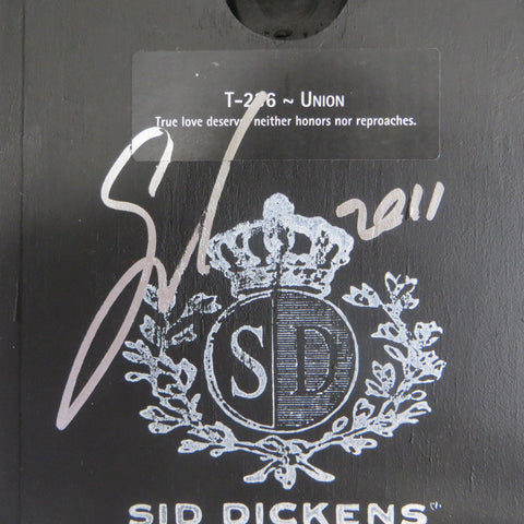 Autograph on the back of Sid Dickens Memory Block Union.