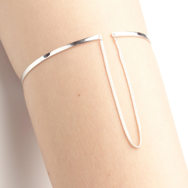 ELSA UPPER ARM CUFF w chain - Vibe Harsløf Jewelry