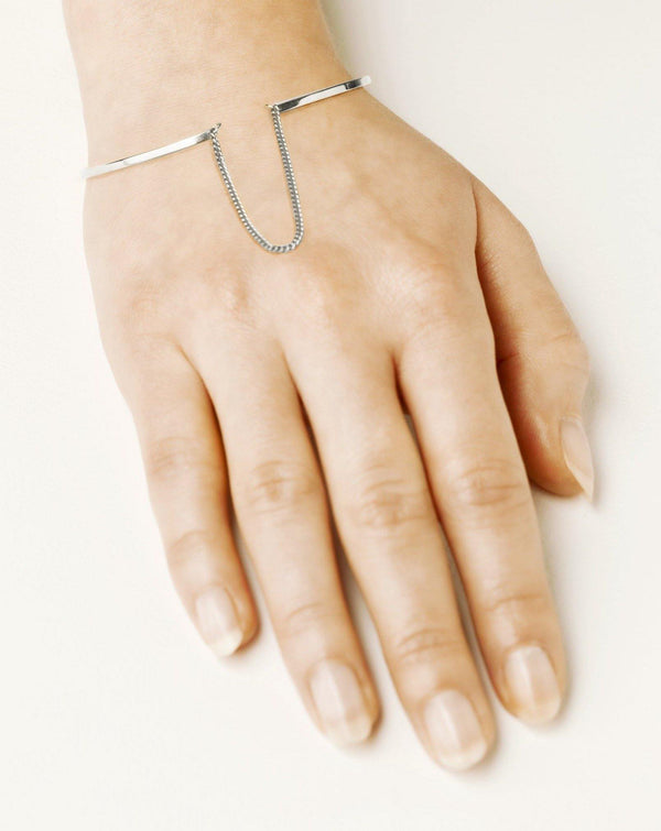 ELSA BANGLE w chain - Vibe Harsløf Jewelry
