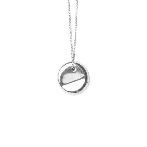 BOTTLE CAP NECKLACE, silver