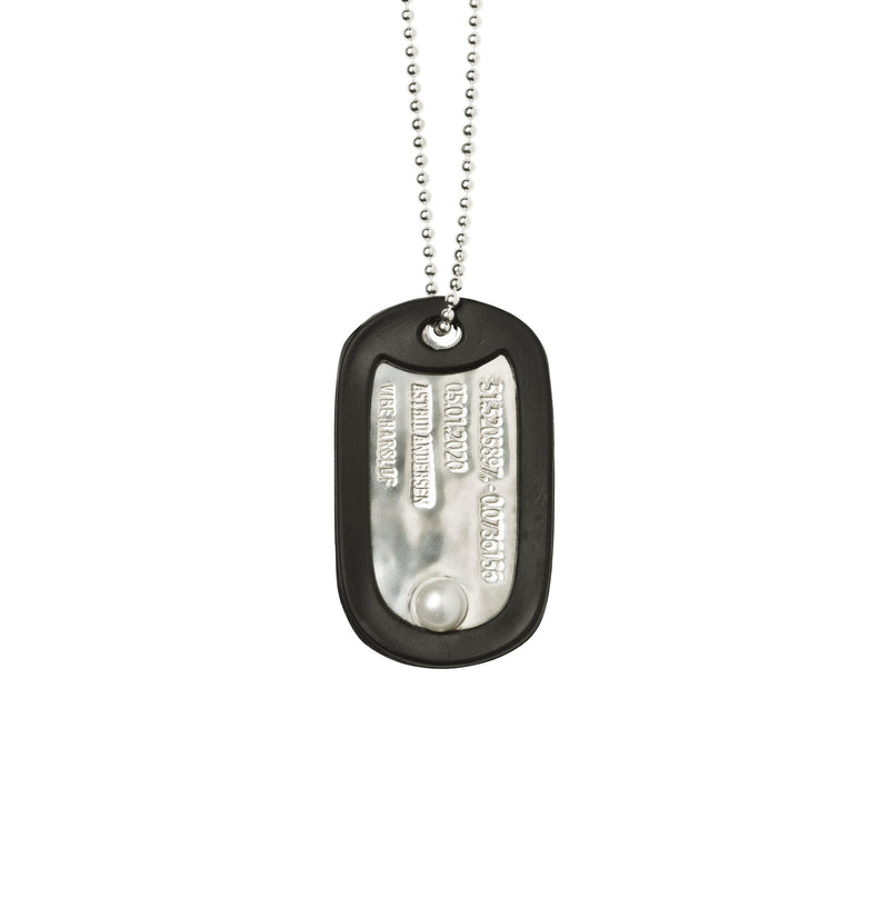 VH x AA single dog tag necklace with pearl - Vibe Harsløf Jewelry