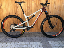 Load image into Gallery viewer, 2020 ROCKY MOUNTAIN INSTINCT CARBON 50 L PRE-OWNED MTB