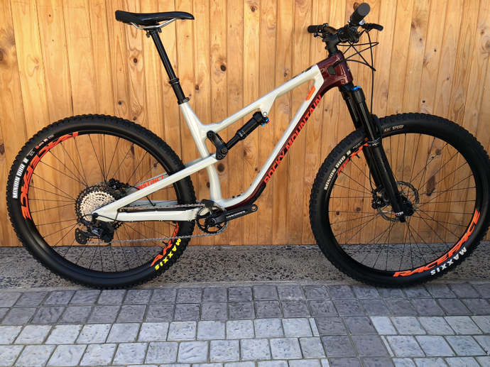 2020 ROCKY MOUNTAIN INSTINCT CARBON 50 L PRE-OWNED MTB - Sportopia Cycles